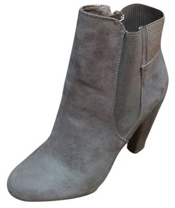 Pink & Pepper Taupe Boots