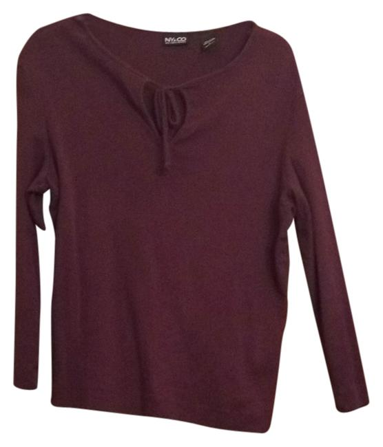 Preload https://img-static.tradesy.com/item/8093494/new-york-and-company-burgundy-sweaterpullover-size-14-l-0-3-650-650.jpg