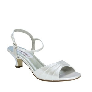 Dyeables White Brielle Size US 6