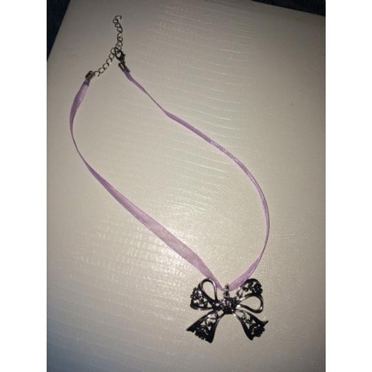 Other Silvery Bow Necklace Image 1