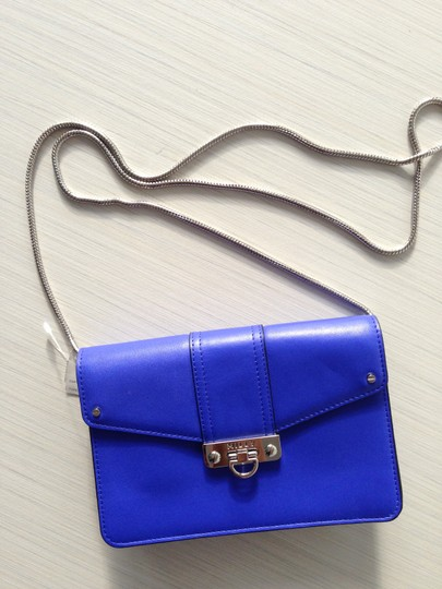 MILLY Cross Body Bag Image 4
