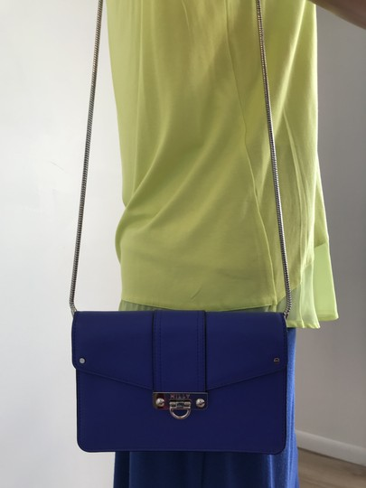 MILLY Cross Body Bag Image 8