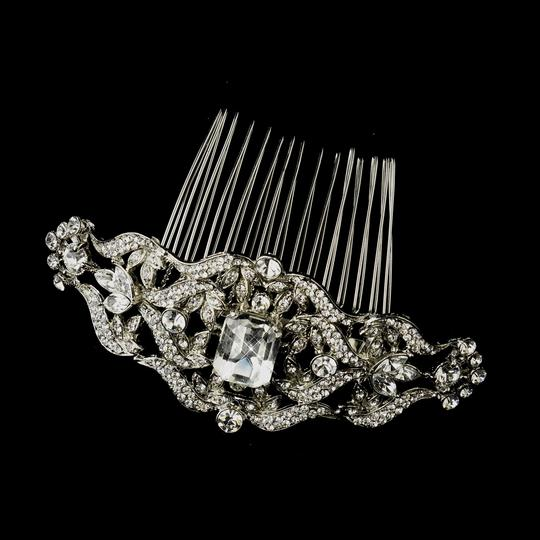 Preload https://item2.tradesy.com/images/elegance-by-carbonneau-silver-antique-rhinestone-comb-hair-accessory-809531-0-0.jpg?width=440&height=440