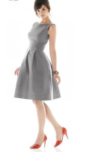 Alfred Sung Grey Taffeta Polyester D448 Formal Bridesmaid/Mob Dress Size 8 (M)
