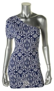 Hotsause Style short dress Royal White on Tradesy
