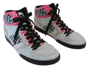95ce0902d5 Osiris Size 9.00 M Good Condition White, Black, Pink, Silver Athletic