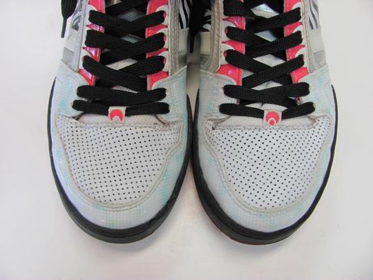 Osiris Size 9.00 M Good Condition White, Black, Pink, Silver Athletic Image 2
