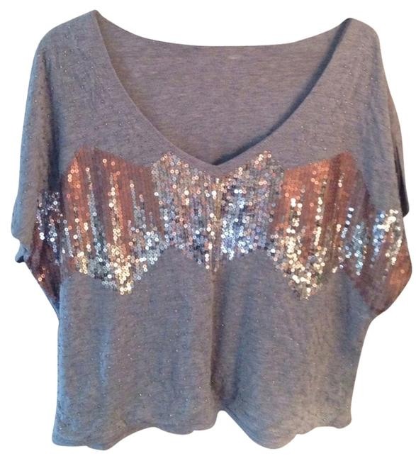 Preload https://item5.tradesy.com/images/silence-noise-blouse-size-6-s-809799-0-0.jpg?width=400&height=650