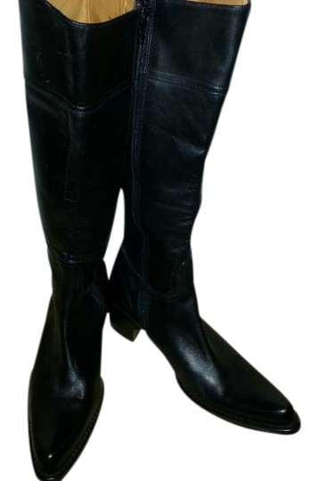 Preload https://item4.tradesy.com/images/coach-black-knee-high-bootsbooties-size-us-75-810128-0-0.jpg?width=440&height=440