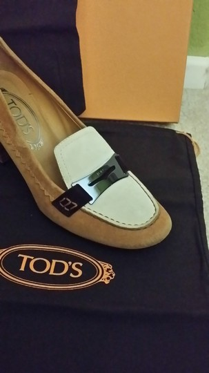 Tod's Designer Loafer Loafers Heels Size 6 tan & cream Pumps