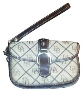 Dooney & Bourke Wristlet in Tan and Brown