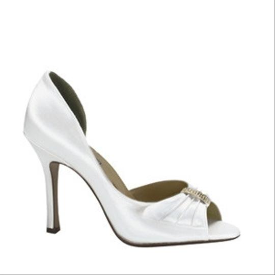 Touch Ups White Charisma Size US 5.5