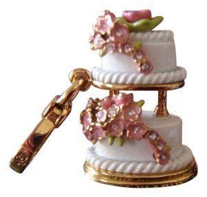 Juicy Couture JUICY COUTURE 2010 WEDDING CAKE *RARE*