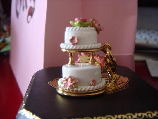 Juicy Couture JUICY COUTURE 2010 WEDDING CAKE *RARE* Image 1