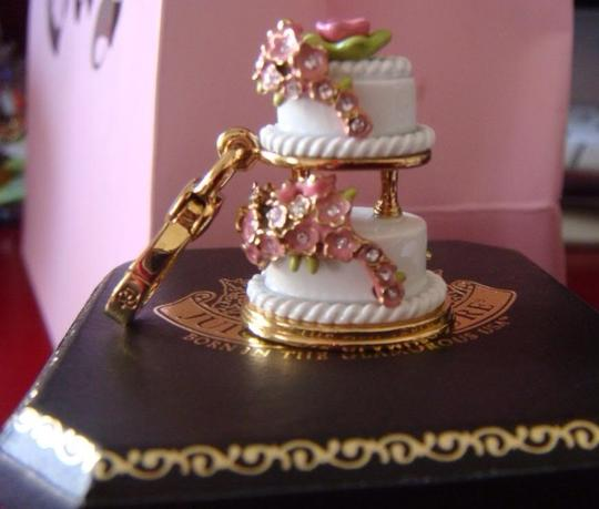 Juicy Couture JUICY COUTURE 2010 WEDDING CAKE *RARE* Image 3