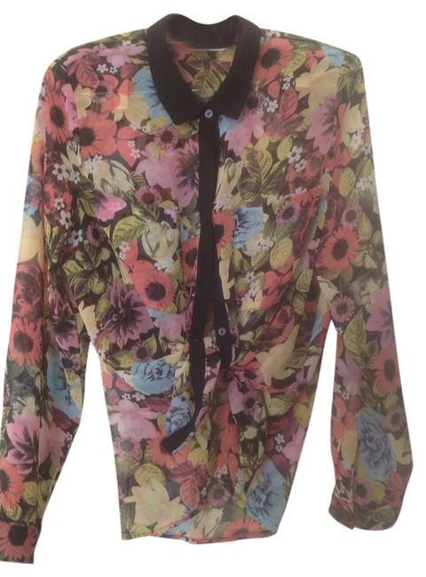 Preload https://item2.tradesy.com/images/h-and-m-multi-print-blouse-size-8-m-810611-0-0.jpg?width=400&height=650