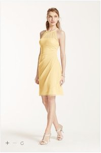 David's Bridal Canary Polyester F15612 Traditional Bridesmaid/Mob Dress Size 10 (M)