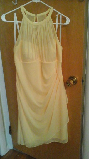 David's Bridal Canary Polyester F15612 Traditional Bridesmaid/Mob Dress Size 10 (M) Image 2