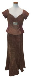 Daymor Couture Copper Pleated-texture Modest Bridesmaid/Mob Dress Size 14 (L)