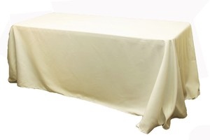 Banquet Style Table Cloths In Ivory (90