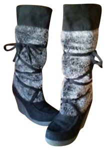 Decree Comfortable Wedge Fur Strap Black Boots