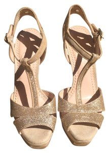 Jessica Simpson Light gold, nude Platforms