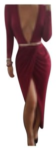 Capri Red dress. One size fits all. Belt is not inlcuded Dress