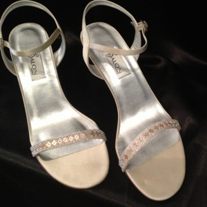 Salon Shoes Capri Wedding Shoes