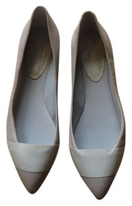 Banana Republic Flat Leather Taupe/Tan/Ivory Flats