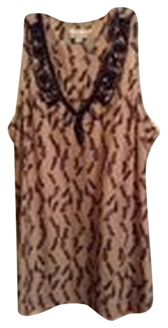 Preload https://img-static.tradesy.com/item/8127397/hazel-tan-with-black-exclusively-for-a-pea-in-the-pod-maternity-top-size-14-l-33-34-0-2-650-650.jpg