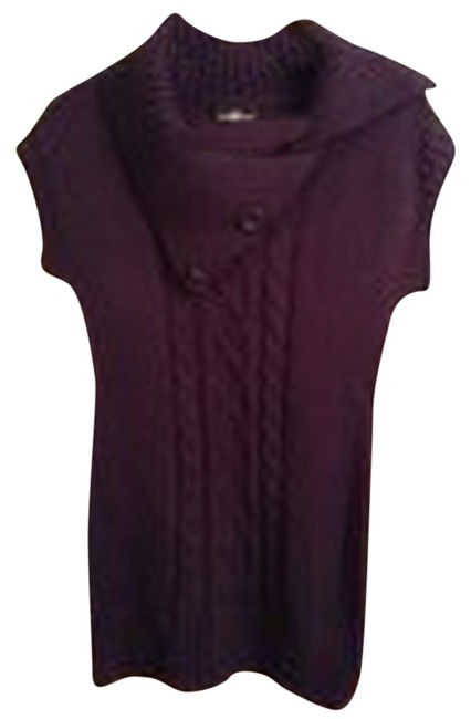 Preload https://img-static.tradesy.com/item/8128057/it-s-our-time-grape-jam-plum-style-52127k-sweaterpullover-size-10-m-0-1-650-650.jpg