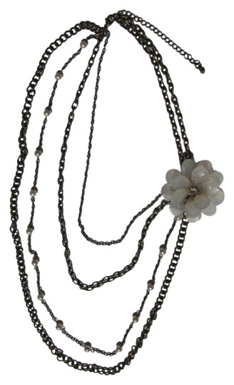 Preload https://item2.tradesy.com/images/bronze-white-opaguewhite-graduated-chains-flower-necklace-812901-0-0.jpg?width=440&height=440