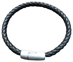 Elliot Francis Genuine Leather braided bracelet