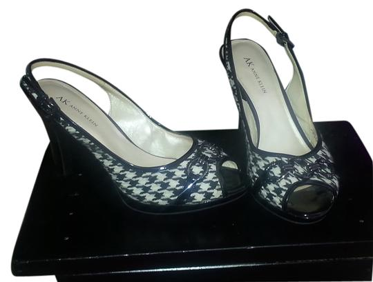 Anne Klein Houndstoot Houndstooth Peep Toe Slingback Black and White Pumps