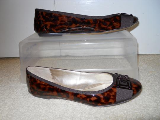 Isola Leather brown print Flats Image 2