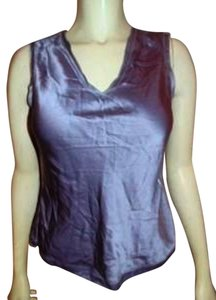Calvin Klein Silk Size 4 Small Light Top LIGHT PURPLE