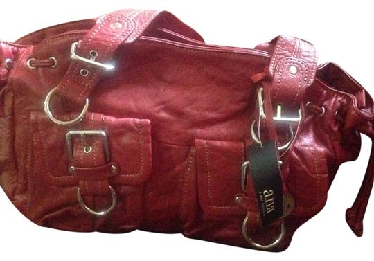 Preload https://img-static.tradesy.com/item/8132593/ana-a-new-approach-red-leather-clutch-0-2-540-540.jpg
