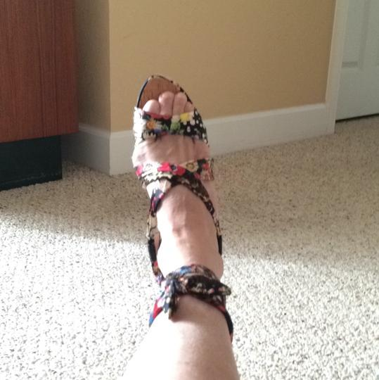 Guess Multi Wedges Image 11