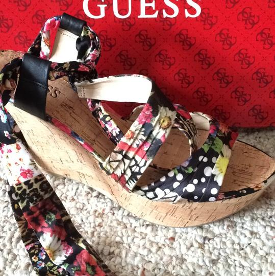 Guess Multi Wedges Image 7