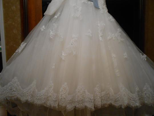Ivory/Blue Organza/Tulle Melissa Modern Wedding Dress Size 8 (M)