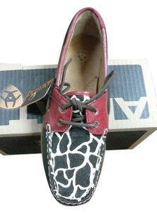 Ariat Boat New Fashion Fun Leather Upper Giraffee/Ruby Flats
