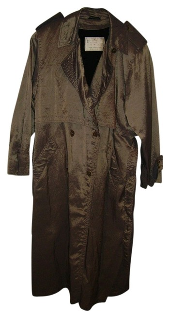 Preload https://img-static.tradesy.com/item/813697/london-fog-beige-all-weather-raincoat-size-16-xl-plus-0x-0-0-650-650.jpg