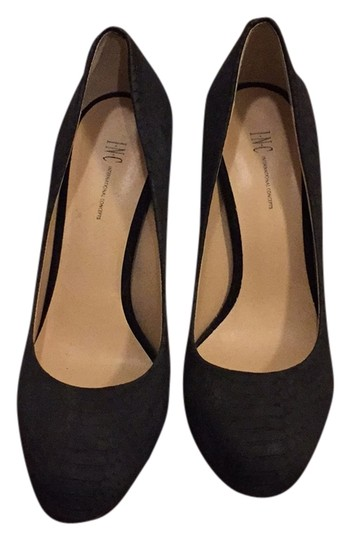INC International Concepts Black Pumps Image 0