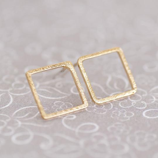 Other Hollow Square Stud Earrings Image 1