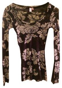 Sweet Pea by Stacy Frati Nylon Floral Top Black and White