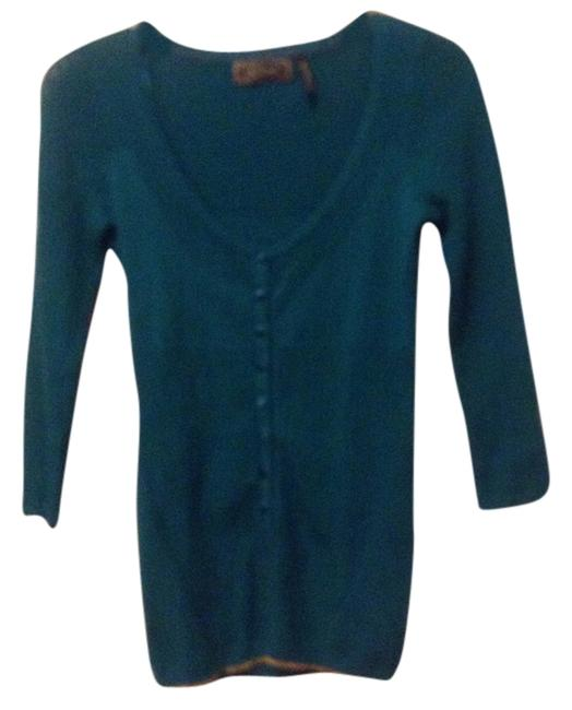 Preload https://img-static.tradesy.com/item/8150260/guess-teal-with-gold-accents-cardigan-size-8-m-0-1-650-650.jpg