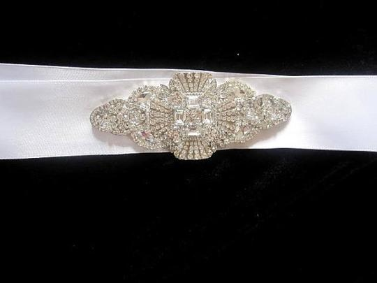 Wedding Bridal Dress Gown Beaded Jeweled Crystal Belt Sash Brooch