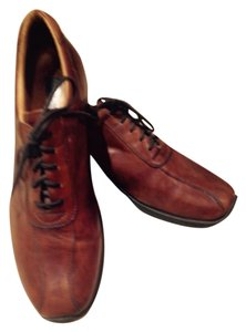 Mens Bacco Bucci, brown leather lace up oxford, like new Flats