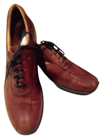 Mens Bacco Bucci, brown leather lace up oxford, like new Flats Image 0