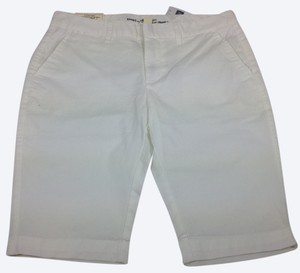 Gap Shorts white